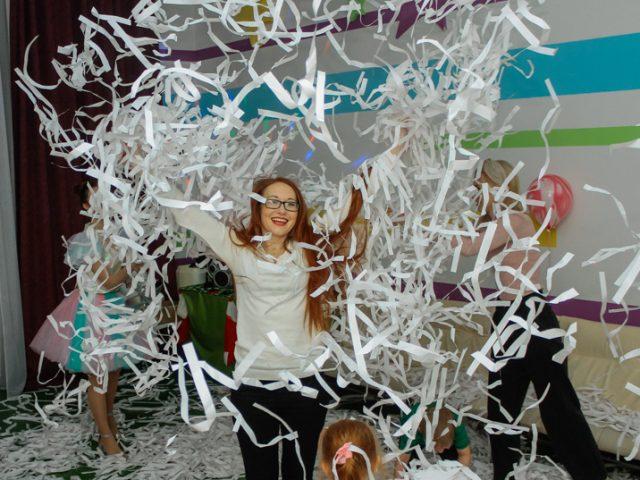 детский праздник бумажное шоу 5